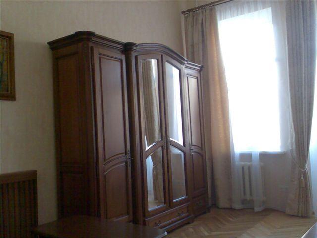 Снять квартиру в Киеве в Шевченковском (центре